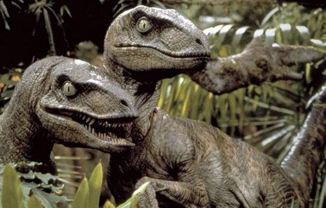 Parque Jurásico se equivocó: los ráptores cazan en solitario