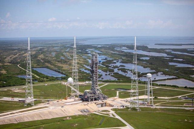La plataforma de lanzamiento de las naves Apolo, lista para Artemisa