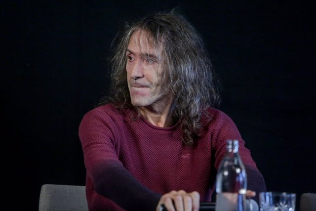 Roberto Iniesta, de Extremoduro durante una rueda de prensa en la que ha confirmado una gira de despedida de la banda