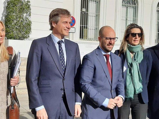 El PP achaca la pérdida del contrato de Navantia a los ataques de Podemos a EEUU