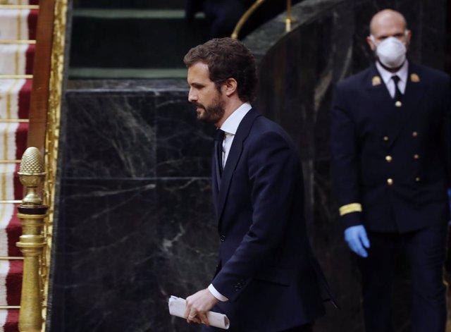 El líder del PP, Pablo Casado, durante el pleno del Congreso este miércoles donde se autorizará otra prórroga del estado de alarma solicitada por el Gobierno. En Madrid, (España), a 6 de mayo de 2020.
