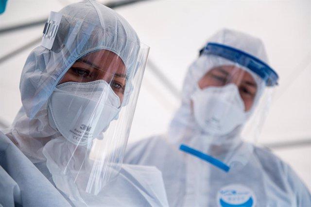 Coronavirus.- Polonia supera los 15.000 casos de coronavirus sumida en la polémi