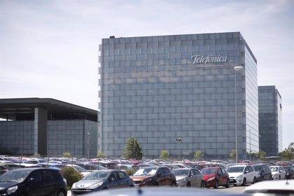 Telefónica España gratifica con 650 euros a empleados de tareas con presencia física durante el Covid-19