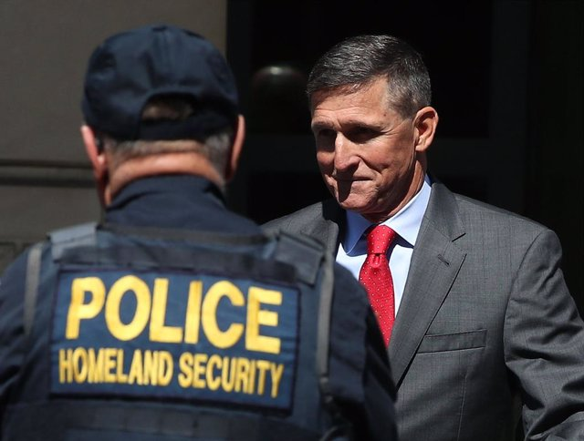 EEUU.- El Departamento de Justicia de EEUU retira los cargos contra Michael Flyn