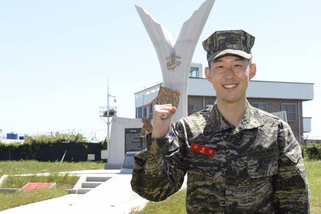 Fútbol.- El delantero Son Heung-min termina su servicio militar en Corea del Sur