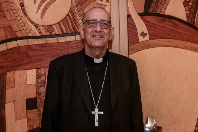 El cardenal arzobispo de Barcelona, Juan José Omella, nuevo presidente de la Conferencia Episcopal Española, en el edificio de la Conferencia Episcopal Española en Madrid el 3 de marzo de 2020.