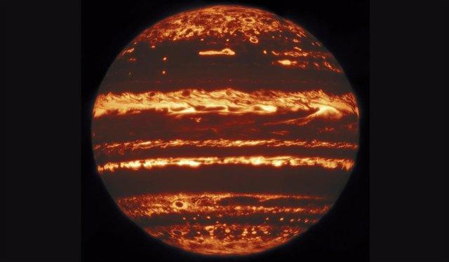 Un observatorio de Hawai bucea profundamente en las tormentas de Júpiter