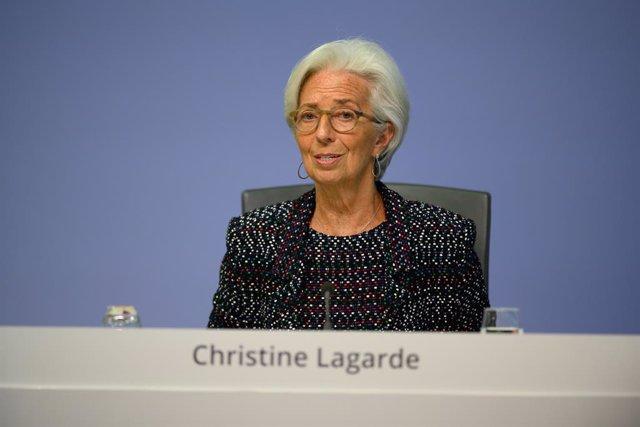 UE.- Lagarde insiste en que el BCE hará todo lo que le corresponde para apoyar l