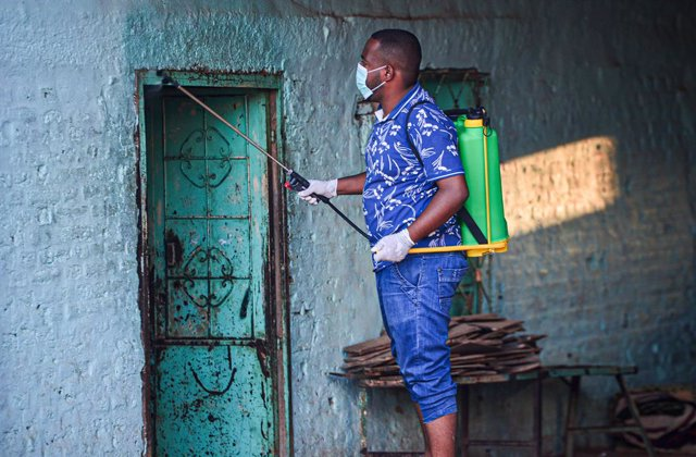 Coronavirus.- Sudán prorroga diez días el confinamiento en la capital ante el au