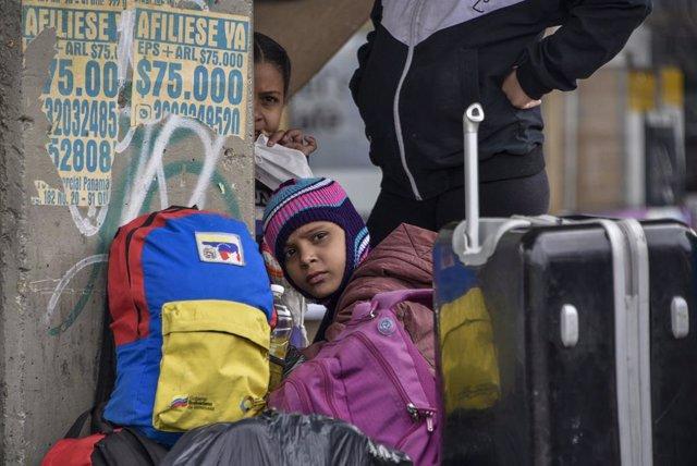 Venezuela.- Bolivia ha recibido casi 10.000 migrantes y refugiados venezolanos,