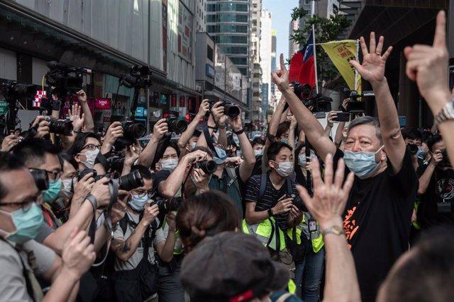 China.- Resurgen las protestas en Hong Kong tras semanas de parálisis por  el co
