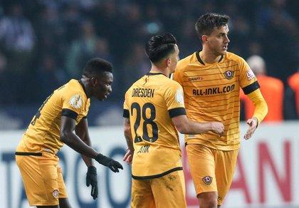 Dos positivos en el Dynamo de Dresde ponen en peligro el comienzo del fútbol en Alemania