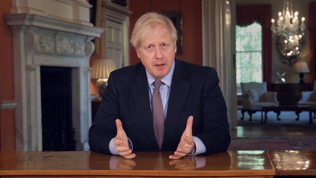 Coronavirus.- Boris Johnson anuncia un sistema de cinco fases de reapertura que