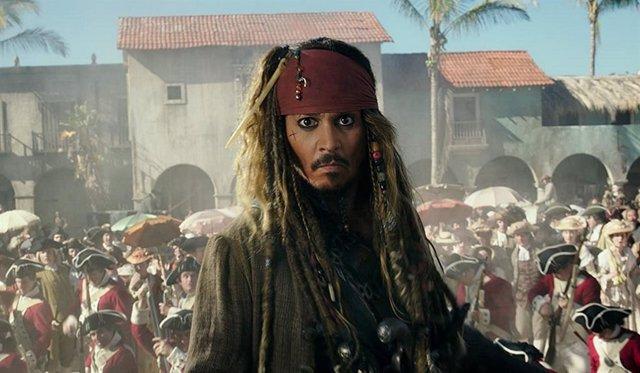Johnny Depp en Piratas del Caribe 6