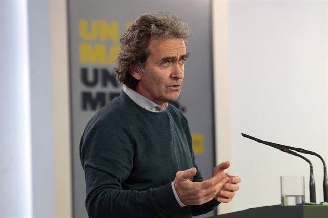 El director del Centro de Alertas y Emergencias Sanitarias, Fernando Simón, comparece en rueda de prensa por la pandemia del coronavirus. En Madrid (España), a 8 de mayo de 2020.