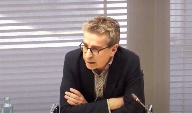 El regidor de Presidència i Pressupost Jordi Martí compareix en la sessió extraordinària de la Comissió de Presidència pel concert suspès ?Ens en sortirem?