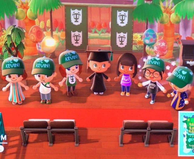 Los otros usos de Animal Crossing durante la cuarentena: desfiles de moda, campa