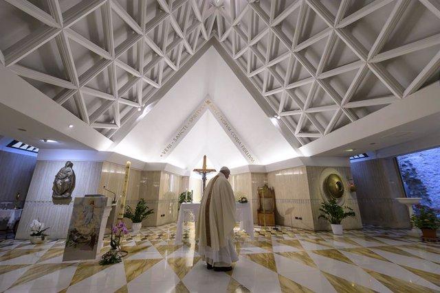 Coronavirus.- El Papa reza por los que han perdido el trabajo durante la pandemi