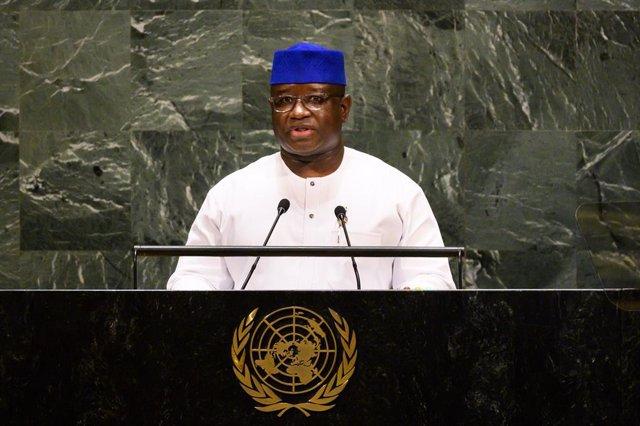 Sierra Leona.- El presidente de Sierra Leona cesa a un ministro tras amenazar co