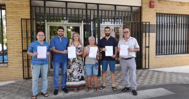 Ismael Sánchez y Eva Oliva defienden los servicios de pediatría
