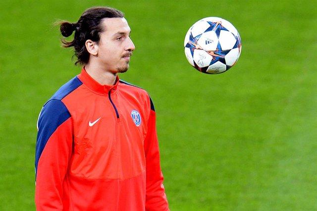 Fútbol.- Ibrahimovic entrenará solo durante dos semanas después de regresar al A