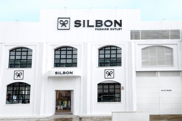 Silbon inaugura su primer outlet en Córdoba a pesar de las limitaciones de aforo por el Covid-19