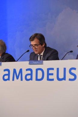 Economía/Empresas.- (AMP) Amadeus recorta un 57,5% su beneficio trimestral, hast