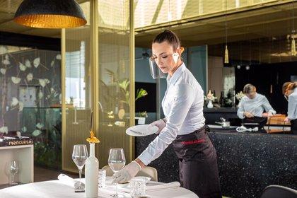 Safe Smile: nuevo modelo de pantalla facial protectora para chefs, personal de cocina, jefes de sala y sumillers