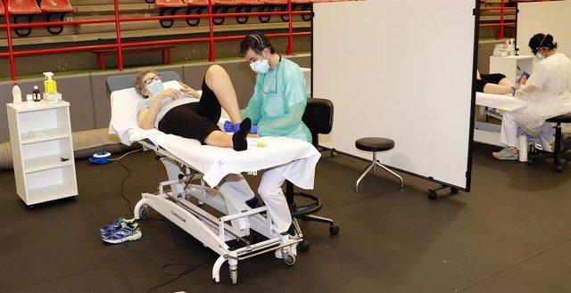 El Hospital Sierrallana retoma en el pabellón Vicente Trueba las consultas de rehabilitación, fisioterapia y logopedia