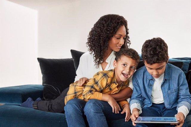 Microsoft lanza Family Safety, su aplicación móvil de control parental, en fase