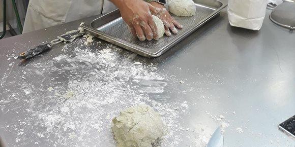 3. Panaderos regalan 1.800 barras este sábado para dar la bienvenida tras la cuarentena