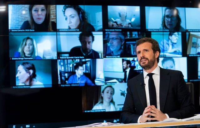 El líder del PP, Pablo Casado, comparece en rueda de prensa a través de la plataforma zoom. En Madrid, a 30 de marzo de 2020.