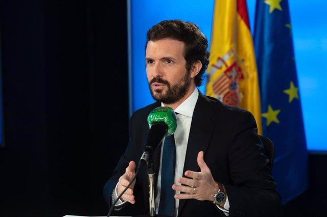 El líder del PP, Pablo Casado, durante una entrevista en Onda Cero. En  Madrid, a 4 de mayo de 2020.