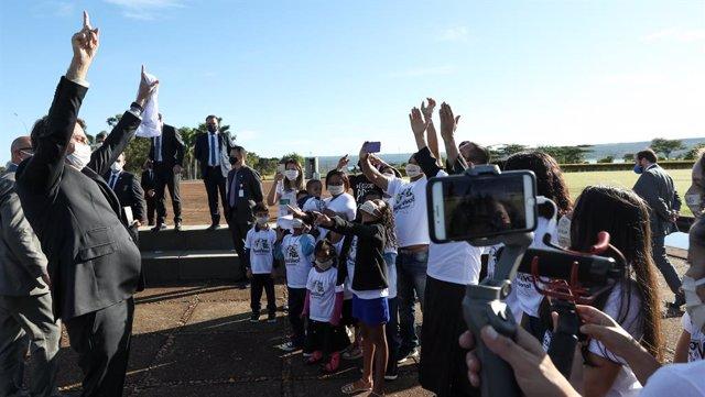 Coronavirus.- Gobernadores brasileños se niegan a acatar la orden de Bolsonaro p