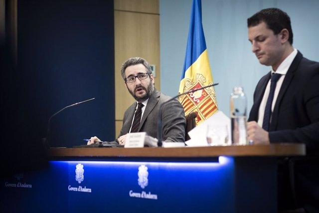El ministre Portaveu i de Finances, Eric Jover, i el ministre de Presidència, Economia i Empresa, Jordi Gallardo.