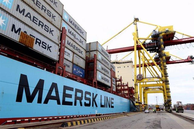 Dinamarca.- Maersk sale de pérdidas en el primer trimestre, pero alerta del desp