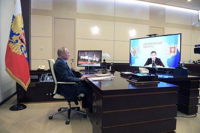 Coronavirus.- Rusia supera los 242.000 contagiados por coronavirus tras registra