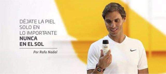 El tenista Rafa Nadal protagoniza la campaña Déjate la piel solo en lo importante nunca en el sol junto a Cantabria Labs y Heliocare, con el objetivo de promover una vida al saludable al sol