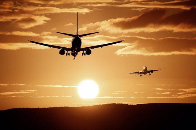 UE.- Bruselas sugiere que los países avalen los cupones por vuelos cancelados pa
