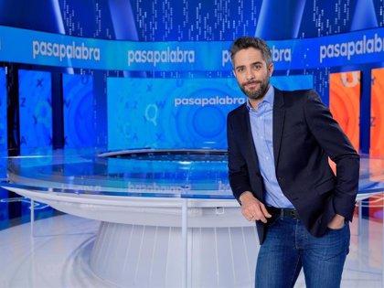 """Roberto Leal se estrena en 'Pasapalabra': """"En estos tiempos, el entretenimiento es necesario"""""""