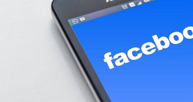 Facebook se hará cargo de sus revisores de contenido en EEUU, de los que la mita