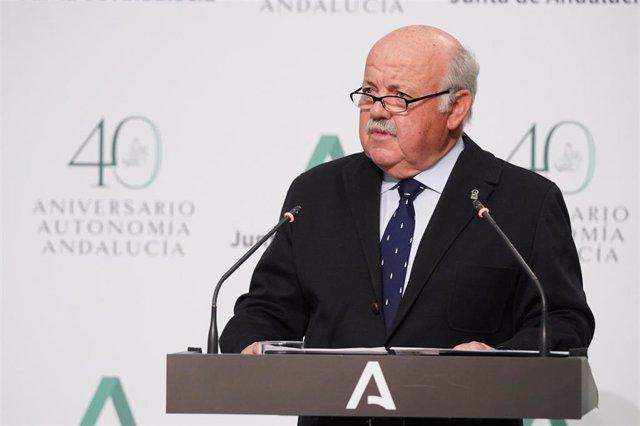 El consejero de Salud y Familias de la Junta de Andalucía, Jesús Aguirre, en una foto de archivo.