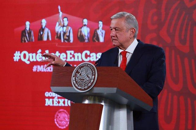 Coronavirus.- México presenta su plan de reapertura en tres fases y un sistema d