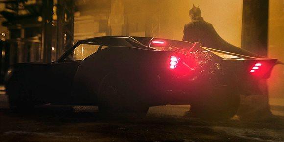 1. Robert Pattinson explica las diferencias de su Batman con los de Christian Bale o Ben Affleck
