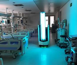 Un robot móvil 'made in Spain' desinfecta el Hospital Universitario de Burgos de