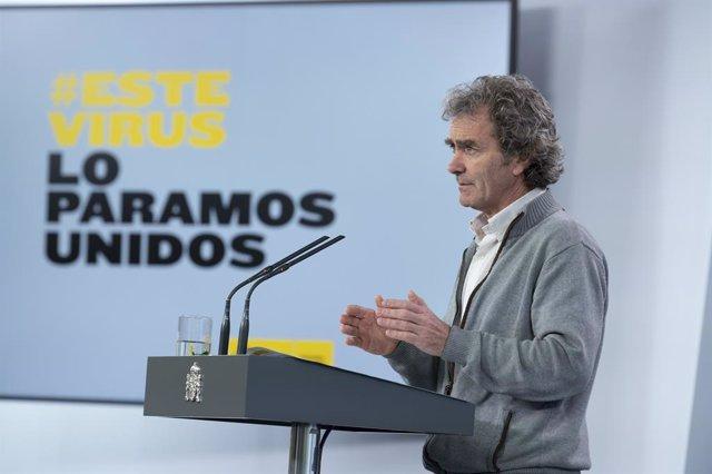 El director del Centro de Coordinación de Emergencias del Ministerio de Sanidad, Fernando Simón