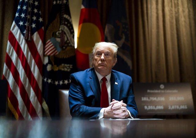 EEUU.- Un tribunal federal mantiene viva una denuncia contra Trump por violar la