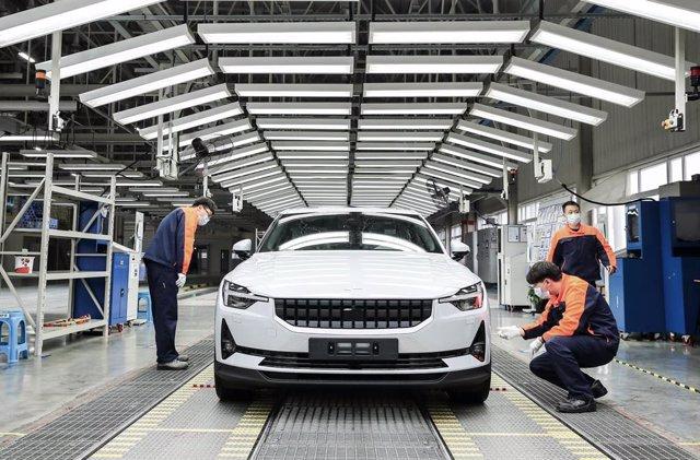 Producción del Polestar 2 en la planta de Polestar en Luqiao (China).