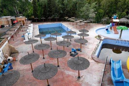 El protocolo de Sanidad para piscinas: limitación de aforo y perímetro de seguridad para objetos personales