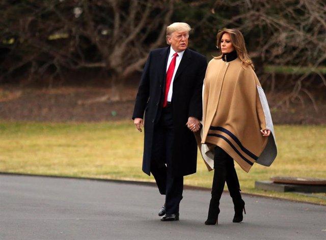 El presidente de Estados Unidos, Donald Trump, y la primera dama, Melania Trump, se disponen a pasar un fin de semana en su resort de Mar-a-Lago.